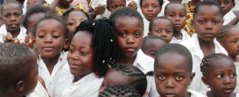 fondazione-adotta-l'istruzione-slide