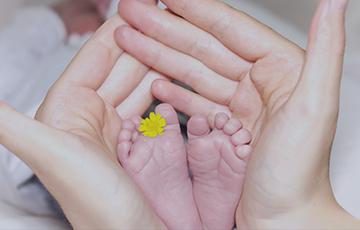 """Il """"Progetto Cuscinetto"""" nasce dalla reale esigenza delle famiglie di far iniziare il prima possibile un percorso riabilitativo specifico e specialistico ai piccoli bimbi usciti dal reparto di Terapia Intensiva Neonatale."""