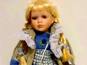 bambola sara